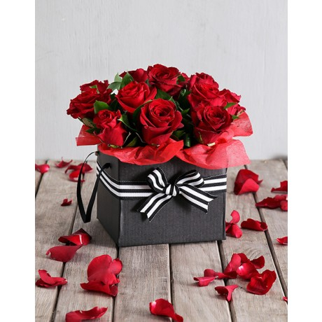 Valentine's Day Red roses in a Black Gift Box