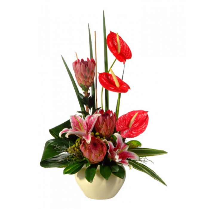 Heart Of Fire Modern Flower Arrangement Inmotion Flowers