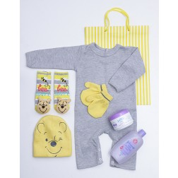Pooh Bear Baby Gift Hamper