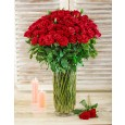 100 Red Roses in a Glass Vase for Valentine's Day