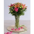 Lilies & rose vase